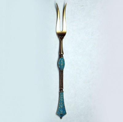 Серебряное изделие с эмалью